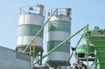 Inclined screw silo feeding system