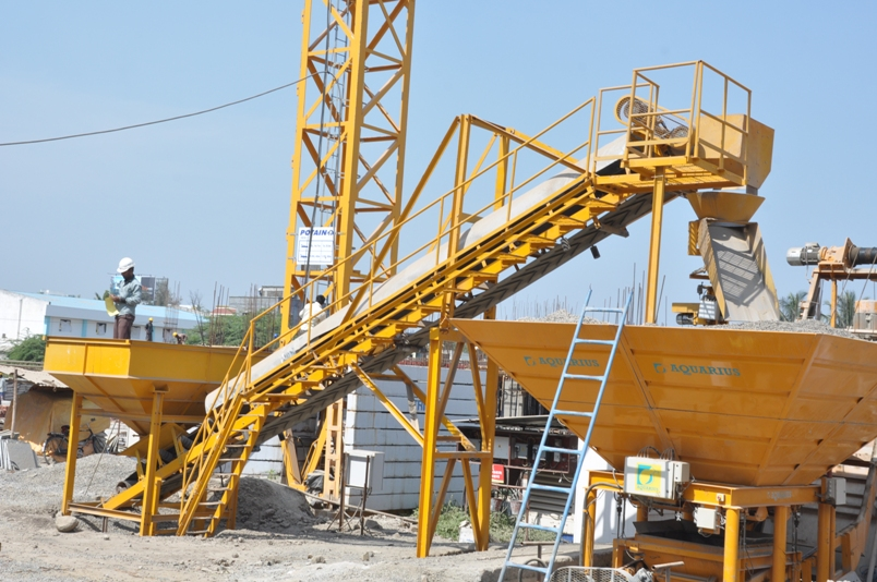 Aggregate feeding systems - Ready Mix Construction Machinery